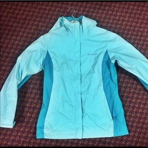 Two-toned Columbia rain jacket teal with hood